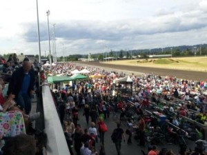 Emerald Downs Crowd